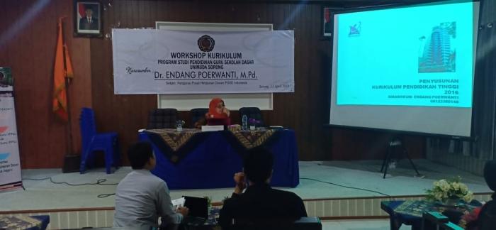 Prodi PGSD Unimuda Sorong mengadakan Workshop Kurikulum Bersama Sekjen Pengurus Pusat Himpunan dosen PGSD Indonesia